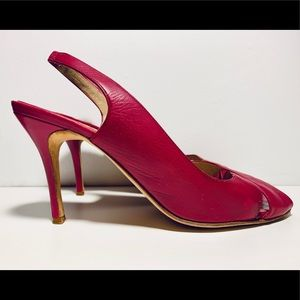 Manolo Blahnik Fuchsia Leather Slingback Pump 41